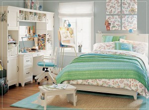 Calmly-flamboyant-artist-girl-teen-bedroom-with-greenish-blue-of-bed-linen-mix-soft-color-flower-design-also-painting-board-stand-as-interior-decoration